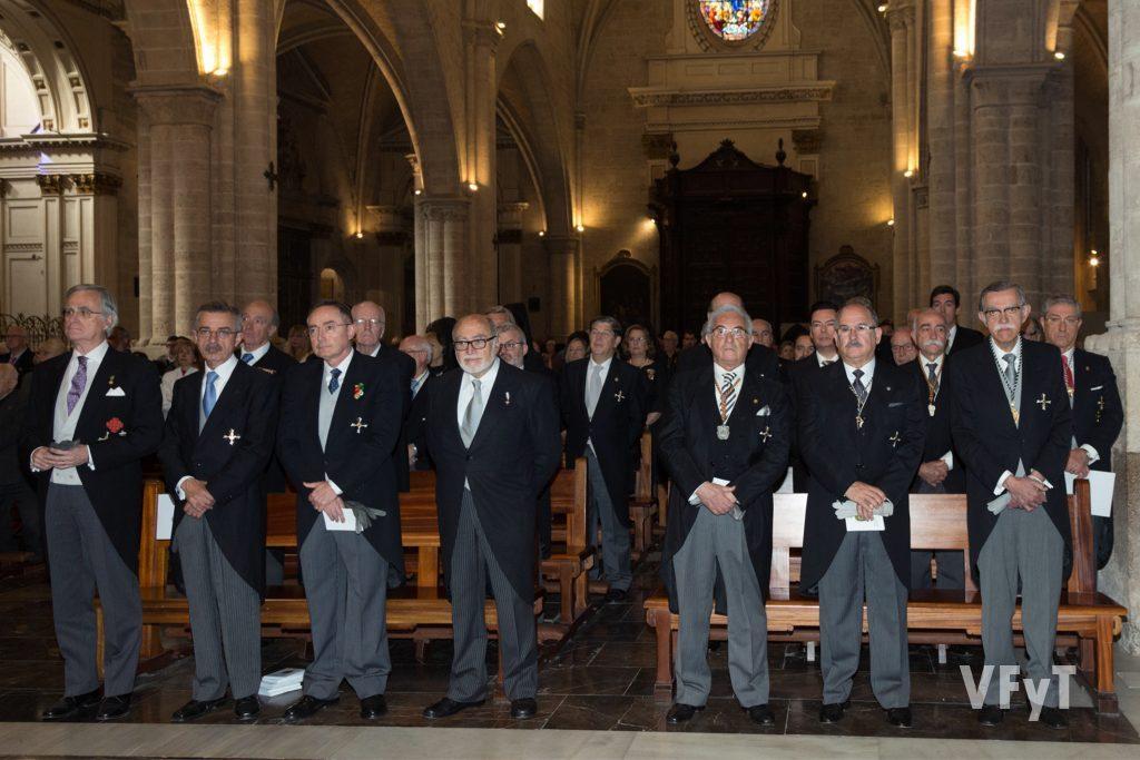 Los Caballeros Jurados de San Vicente Ferrer en la misa de pontifical celebrada en la Catedral de Valencia.