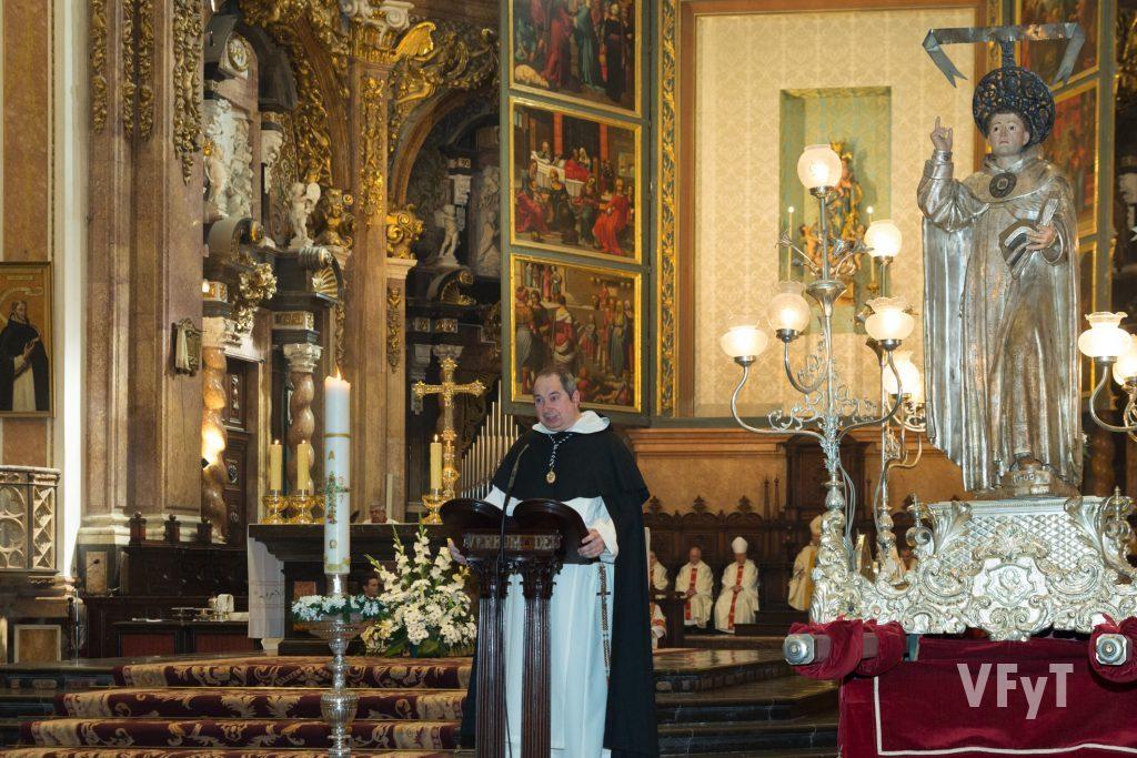 La predicación del dominico Salvador Serralta en la misa en honor a San Vicente Ferrer celebrada en la Catedral de Valencia.