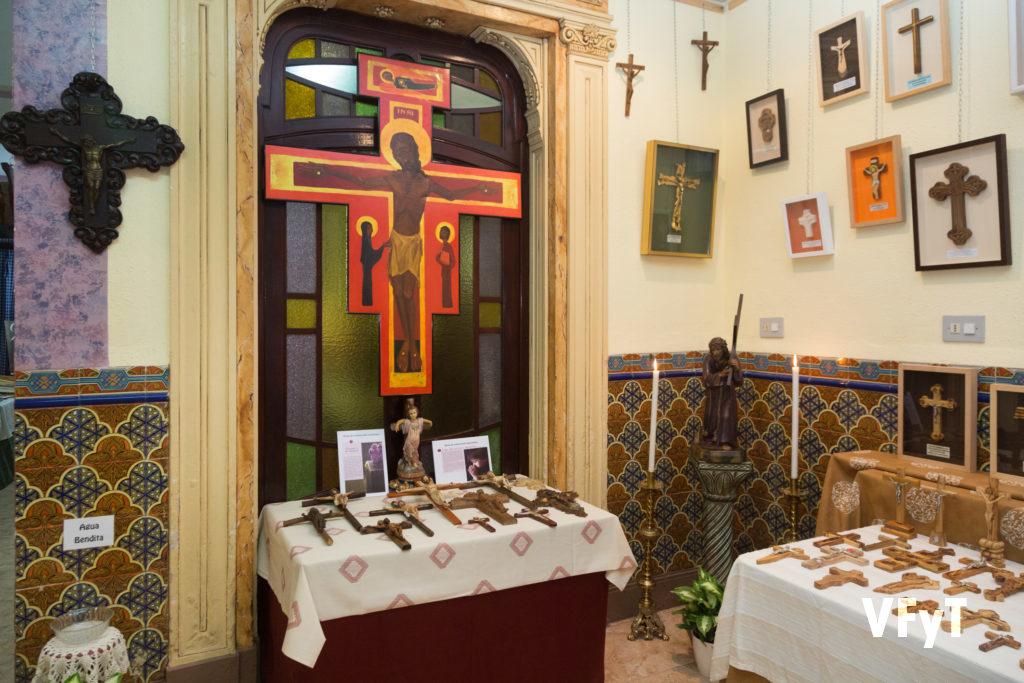 El VII Salón de Cruces en Cañamelar. Foto de Manolo Guallart.