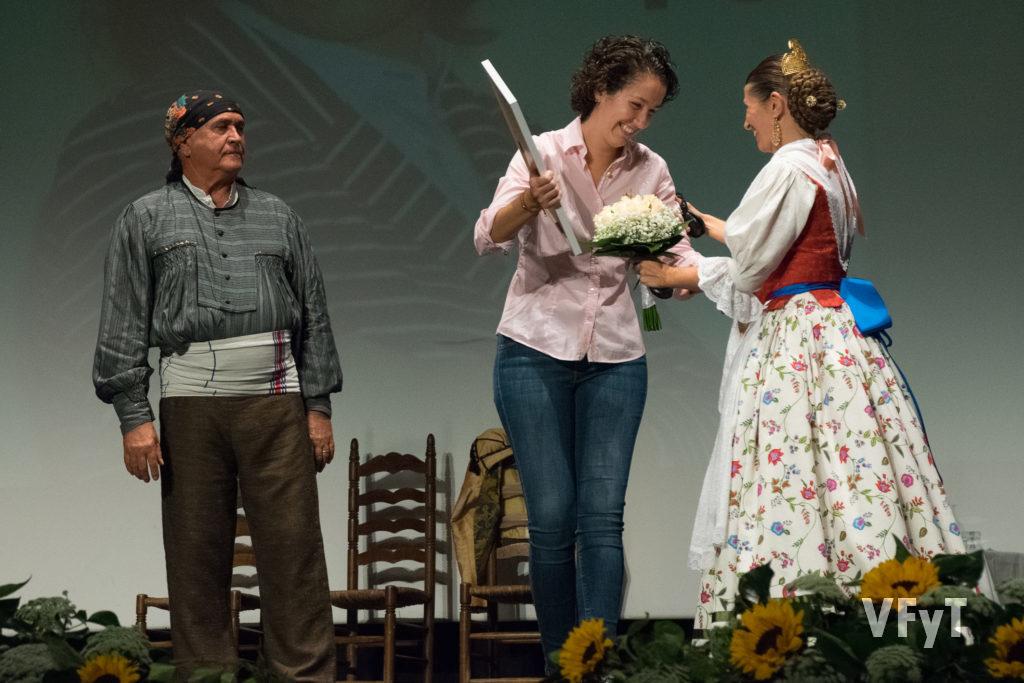 Entrega del Premio Espolí 2017 a la directora musical Beatriz Fernández Aucejo
