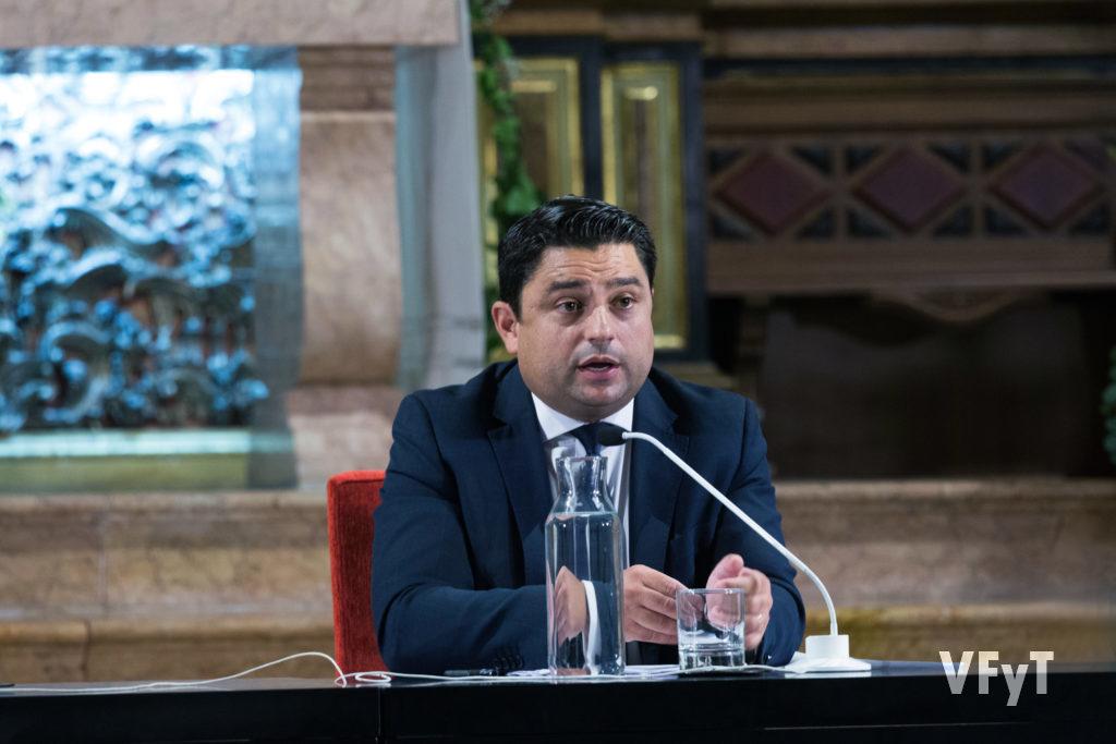 José Manuel Pagán realizó el discurso de apertura del Año Vicentino organizado por el Altar del Tossal. Foto de Manolo Guallart.