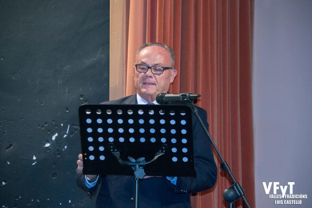 Manuel Camarasa ejerció como mantenedor de Paula Patricio, Reina de L' Horta de Valéncia 2018.