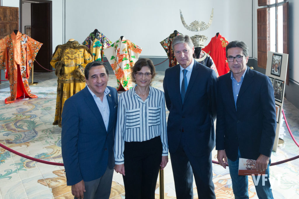 Eduardo Puertes (COfradía del San Jerónimo), Catalina Sánchez (ONG Delwende), Vicente Genovés (Museo del Arte de la Seda) y José Mª Chiquillo (Programa Unesco Ruta de la Seda)