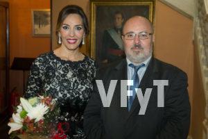 Mónica Duart con Manolo guallart, director de Valencia, Fiesta y Tradición.