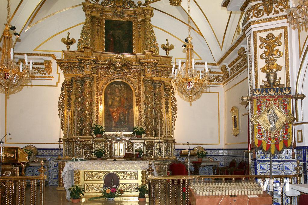 Altar mayor de la ermita de Santa Lucía en Valencia. Foto de Manolo Guallart.