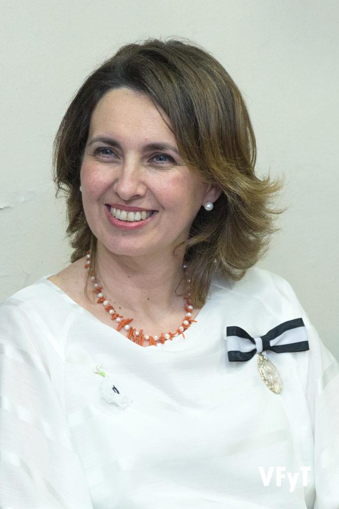Mª Jesús Moll Navarro será la Honorable Clavariesa de las Fiestas Vicentinas 2018. Foto de Manolo Guallart.