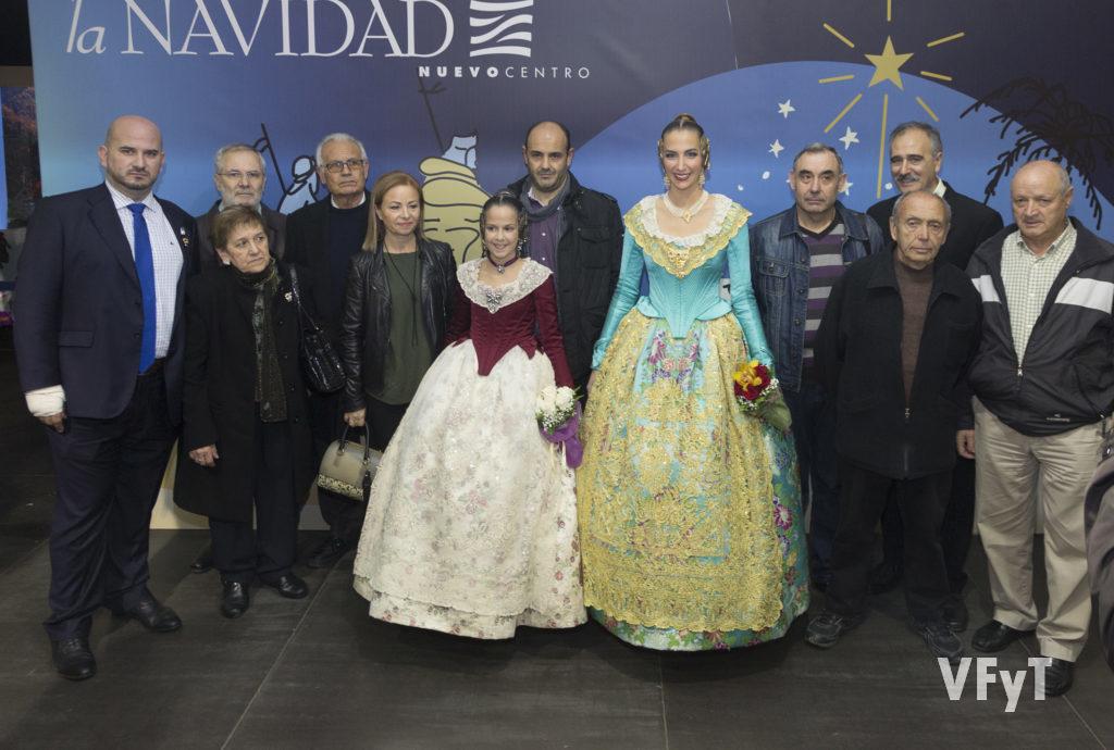 La Asociación de Belenistas de Valencia en Nuevo Centro 2016 con las Falleras Mayores