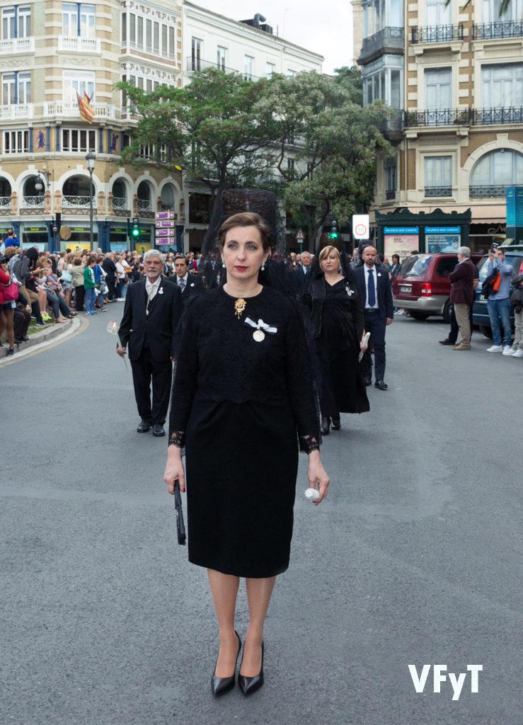 Mª José Moll en la solemne procesión de San Vicente Ferrer del Mocadoret. Foto de Manolo Guallart.