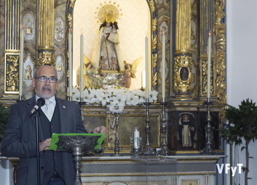 José Luis Albiach, presidente de la Hermandad de Seguidores de la Virgen, en sus primeras palabras. Foto de Manolo Guallart.