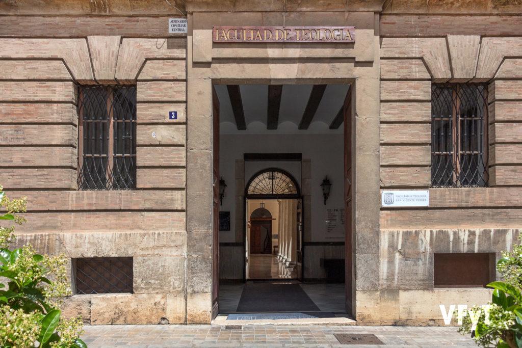 Facultad de Teología San Vicente Ferrer en la calle Trinitarios nº 3 de Valencia. Foto de Manolo Guallart.