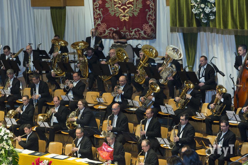 La Banda Municipal de Valencia acompañó con su música en las exaltaciones de las Falleras Mayores de Valencia. Foto de Manolo Guallart.