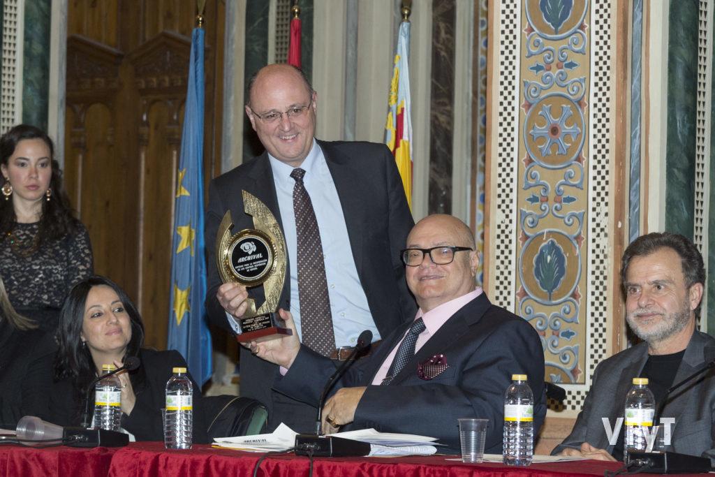 Entrega del premio ARCHIVAL al Colegio Notarial de Valencia.