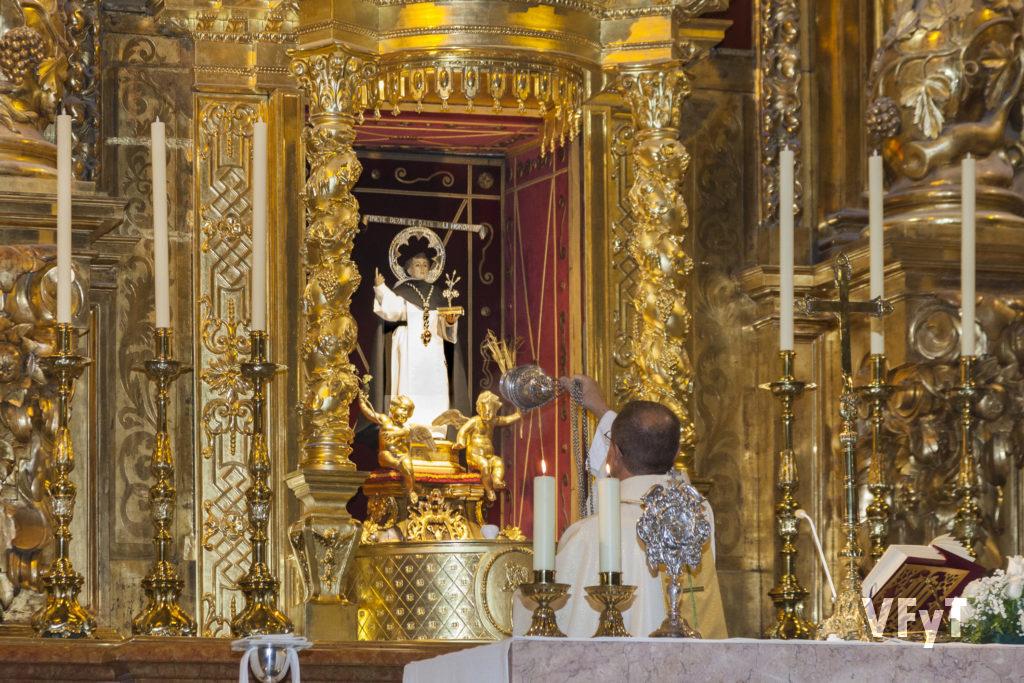 Inicio del Año Vicentino, promovido por el Altar del Tossal, en la parroquia de San Nicolás de Bari y San Pedro Mártir. Foto de Manolo Guallart.