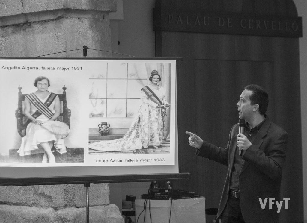 Javier Mozas en la conferencia 'Conservant les Falles'. Foto de Manolo Guallart.
