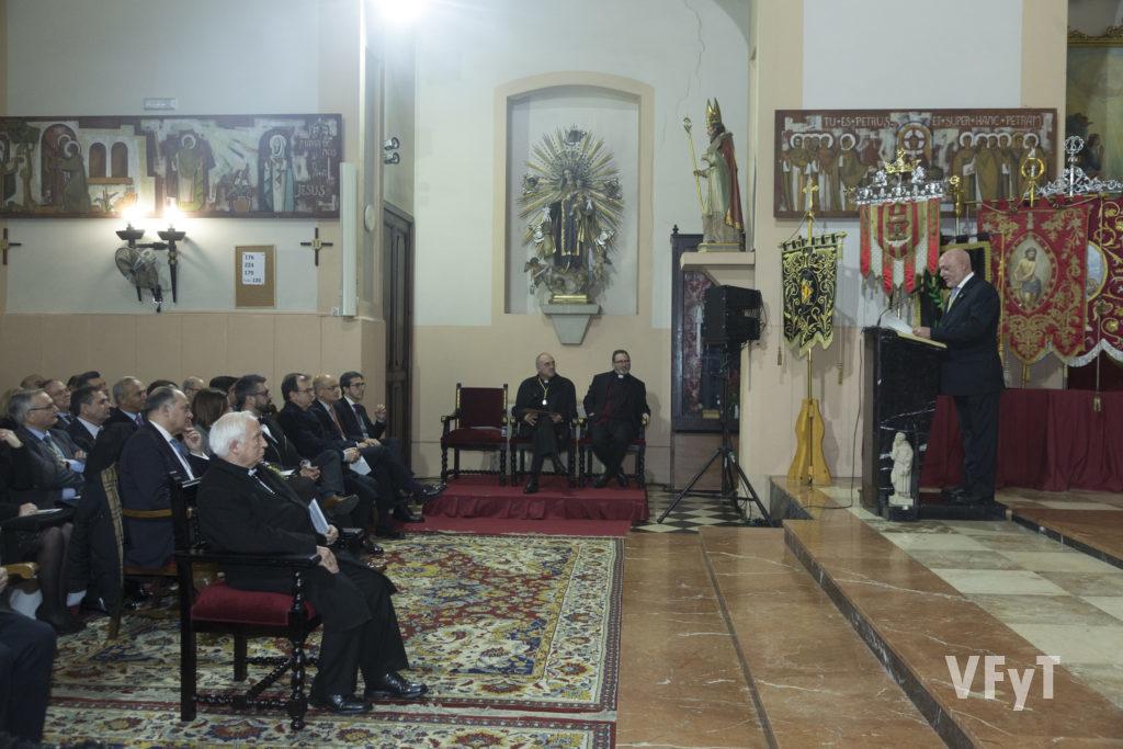 Intervención de Francisco Carles, presidente de la Junta Mayor. Foto de Manolo Guallart.