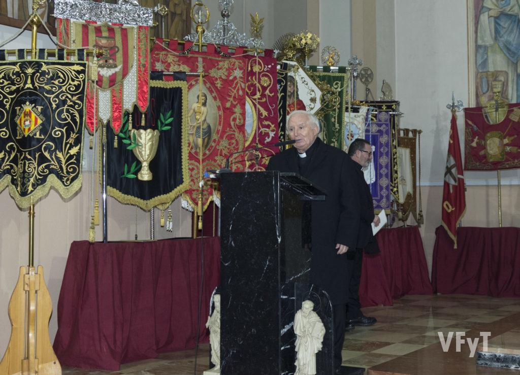 El cardenal Cañizares intervino en la conclusión del acto. Foto de Manolo Guallart.