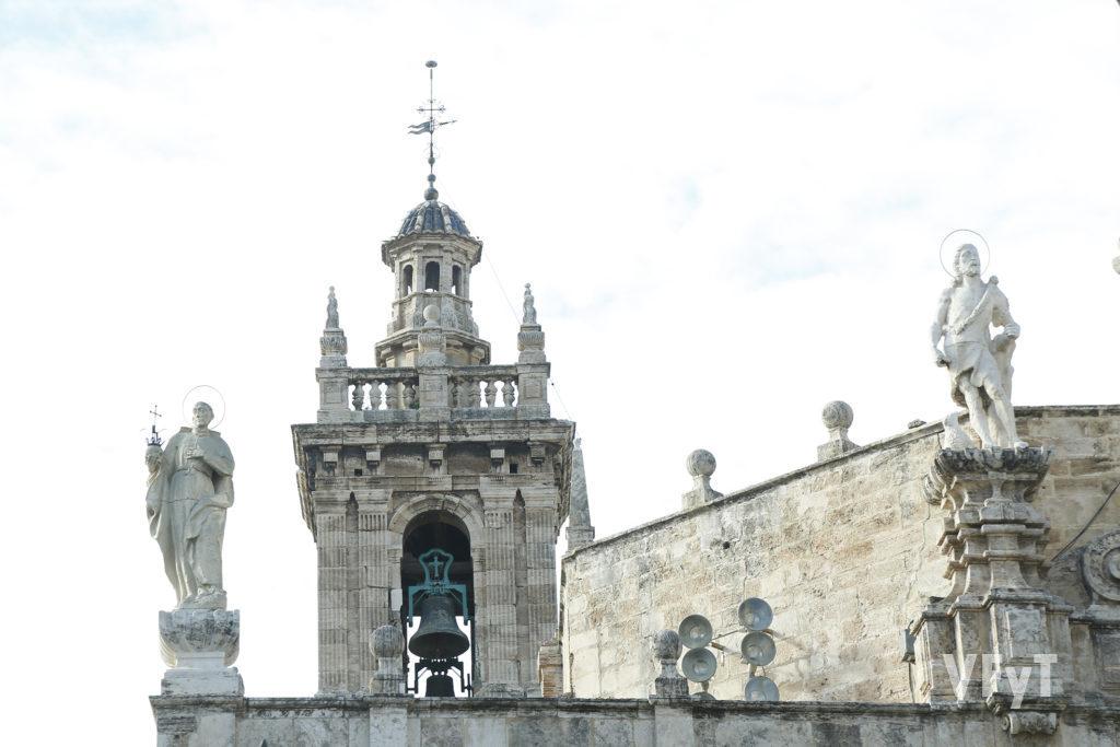 Detalle de la parroquia de los Santos Juanes