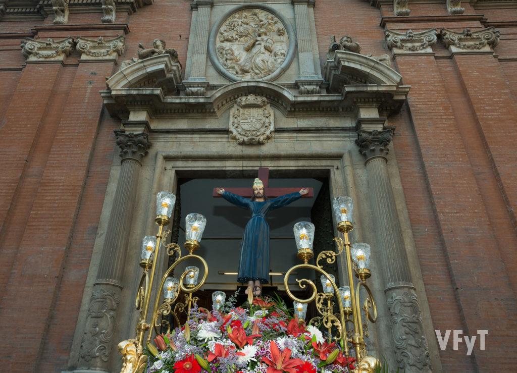 La imagen de Sant Bult en la entrada de la parroquia de Santo Tomás y San felipe Neri. Foto de Manolo Guallart.