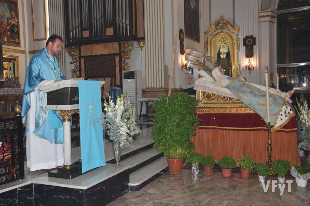 El vicario, Abel Coll, durante la homilía de la Asunción. Foto: Rafa Montesinos.