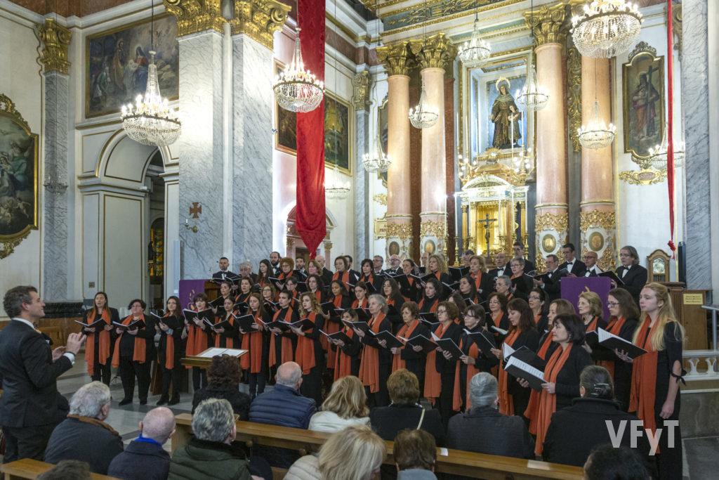 Concierto de Navidad del Cor Universitat Politècnica de València en la parroquia de Santa Mónica. Foto de Manolo Guallart.