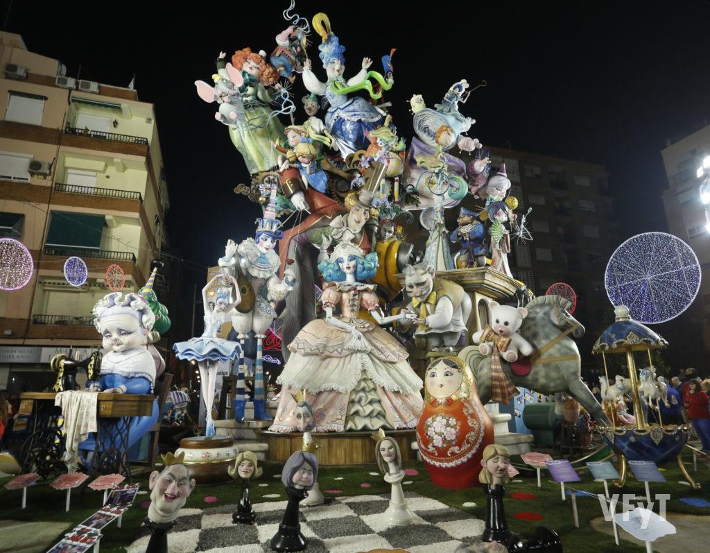 L' Antiga de Campanar, primer premio de las Fallas 2019. Foto de Manolo Guallart.