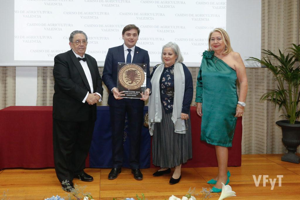 Premio Ilustres 2019. Cáritas Valencia.