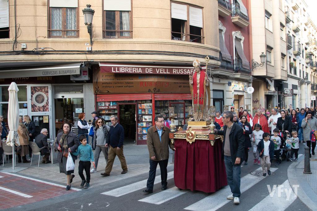 Procesión de San Blas por las calles del barrio de Ruzafa en Valencia. Foto: Manolo Guallart.